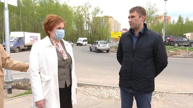 Елена Сорокина оценила ход ремонта дороги на улице Шереметьевской