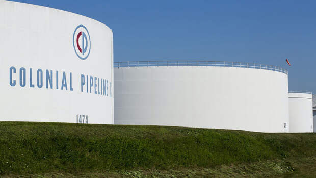 В США начался дефицит бензина из-за кибератаки на трубопровод