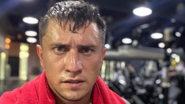 Тучного Павла Прилучного сравнили с быком на фоне слухов о проблемах со здоровьем
