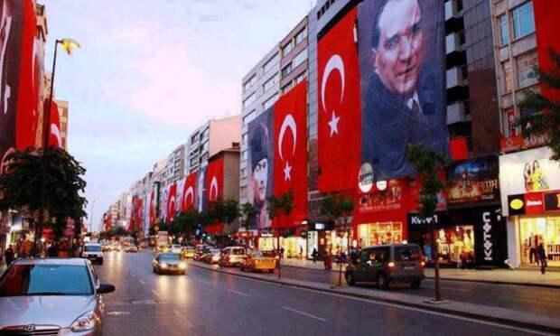 Турция сегодня отмечает День Республики