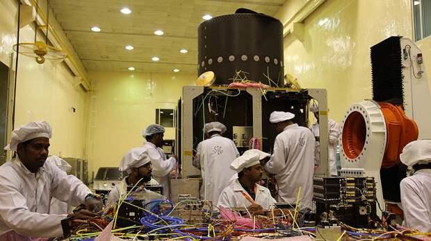 Индия, единственная из всех стран, подписавших соглашение о мирном использовании Луны, заявила о намерении туда отправиться