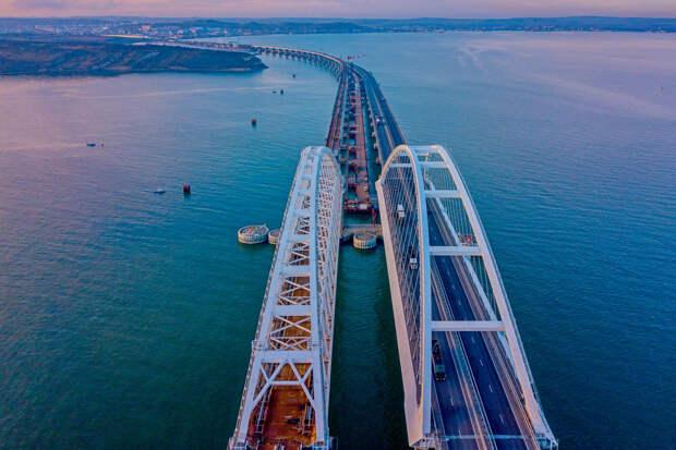 Одиозный эксперт выдал новый сценарий разрушения Крымского моста