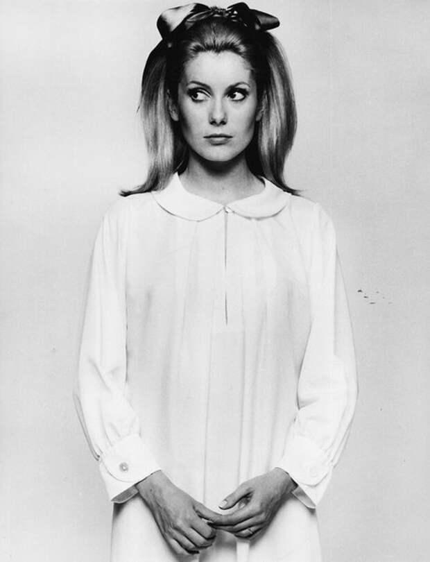 Катрин Денёв в 1966 году.