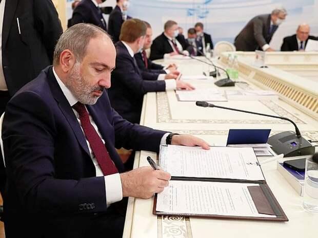 Одолеютли три президента Армении одного премьера