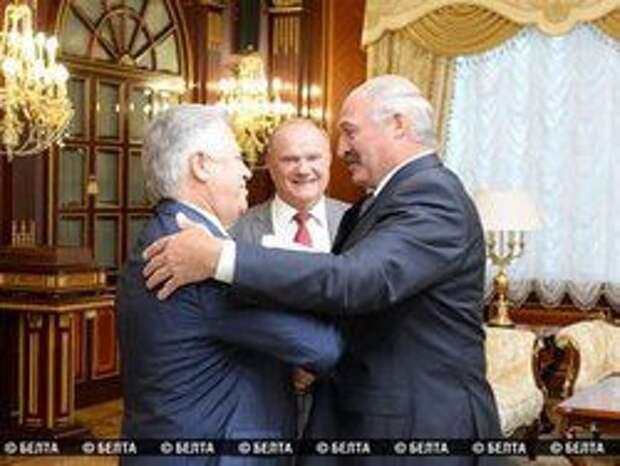 Новость на Newsland: Зюганов и Симоненко: украинский вопрос должен решаться в Минске