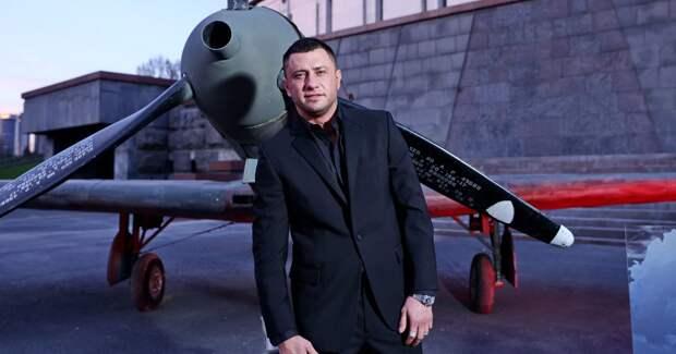Небо, самолет, Прилучный: звезды на премьере «Девятаева»