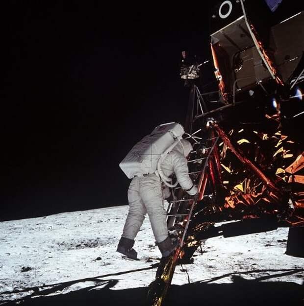 Рогозин и высадка американцев на Луне