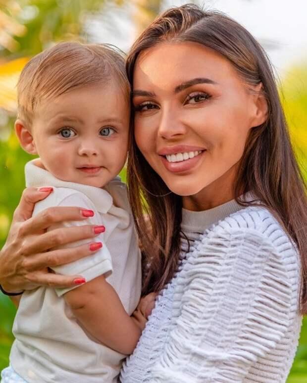 """Жена Джигана Оксана Самойлова рассказала о первых сутках после рождения сына: """"Никто не говорил, что с ним"""""""