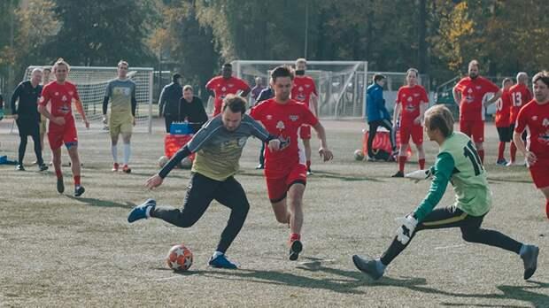 В Москве прошел благотворительный футбольный турнир «Кубок Добра», собравший 2 млн рублей для больных детей