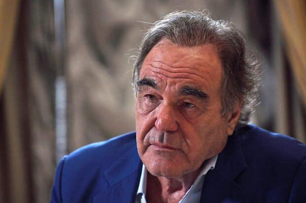 Голливудский режиссёр рассказал о «войне» США против России