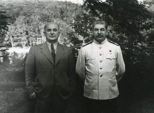 Почему Берию считали виновным в смерти Сталина