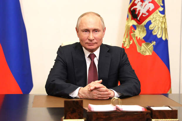 Путин и Навальный стали терять доверие россиян