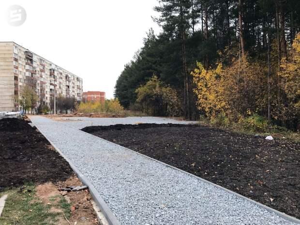 Глава Ижевска раскритиковал подрядчика, провалившего сроки благоустройства общественного пространства