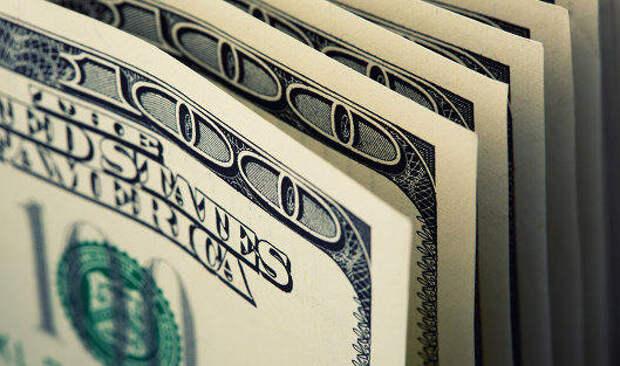 Доллар слабеет перед выходом статистики по США