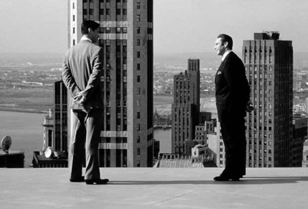 Кадр из фильма «Адвокат дьявола», реж. Т.Хэкворд, 1997