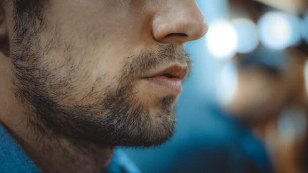 Трихолог дал мужчинам два совета по уходу за бородой