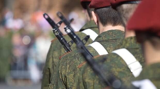 В Керчи посмотреть Парад Победы пришли 12000 человек