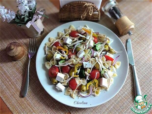 Салат на основе греческого салата