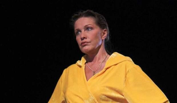 Виноват коронавирус: Проклова из шикарной актрисы превратилась в садовода-огородника