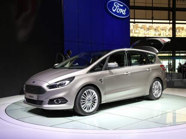 Однообъемник Ford S-Max дебютировал на автосалоне