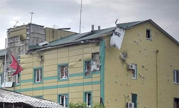 Луганск продолжают обстреливать, есть новые разрушения - мэрия