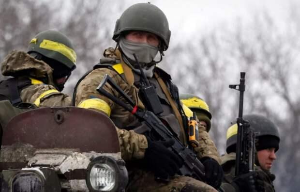 Бойцы ВСУ с необычной символикой замечены на передовой в Донбассе