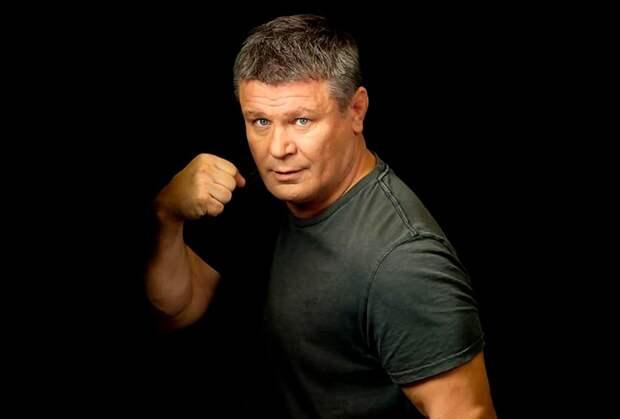 «Мочить, как в сортире!» Тактаров поддержал Волкова перед боем на UFC 254