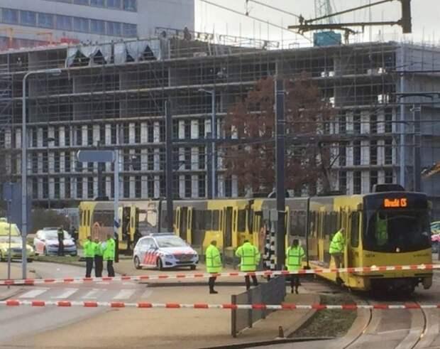 Посольство России выясняет, пострадали ли россияне при стрельбе в Нидерландах
