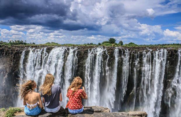 Победитель в категории «люди и природа»: Водопад чудес. Автор: Harry Randell, Зимбабве.