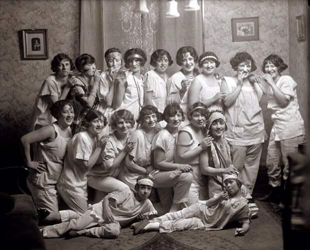 Девичник, 1931 год  история, люди, фото