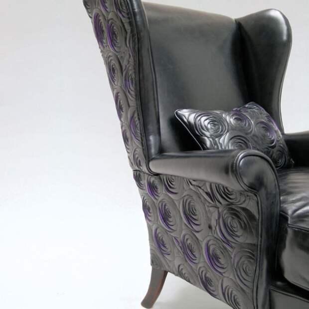 Мебель из кожи с прорезями