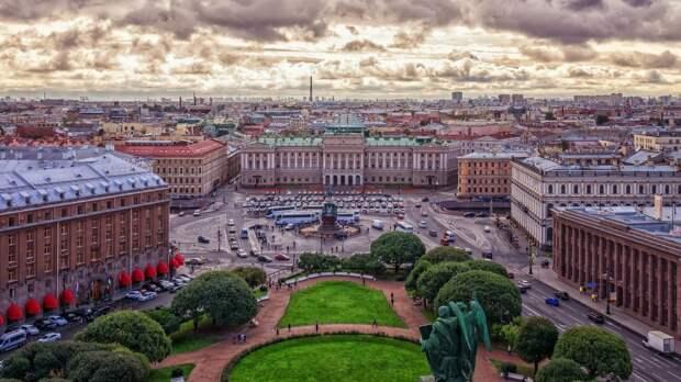Эксперт по туризму предложил сделать экскурсии по крышам визитной карточкой Петербурга