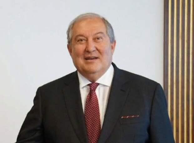 Президент Армении попросил Путина помочь с возвращением пленных из Азербайджана