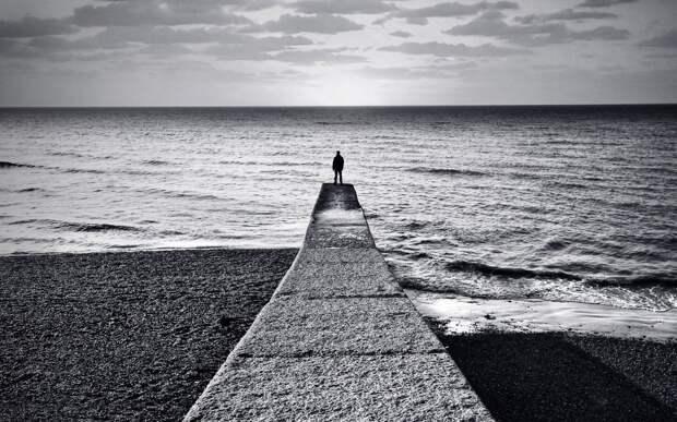 Одинокие мужчины плохо кончают.