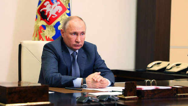 Путин поручил кабмину к ноябрю представить идеи по развитию инфраструктуры детских лагерей