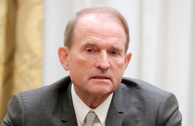 Украинская прокуратура обвинила в госизмене Медведчука и его соратника Козака