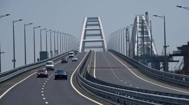 Интенсивность движения по Крымскому мосту резко увеличилась
