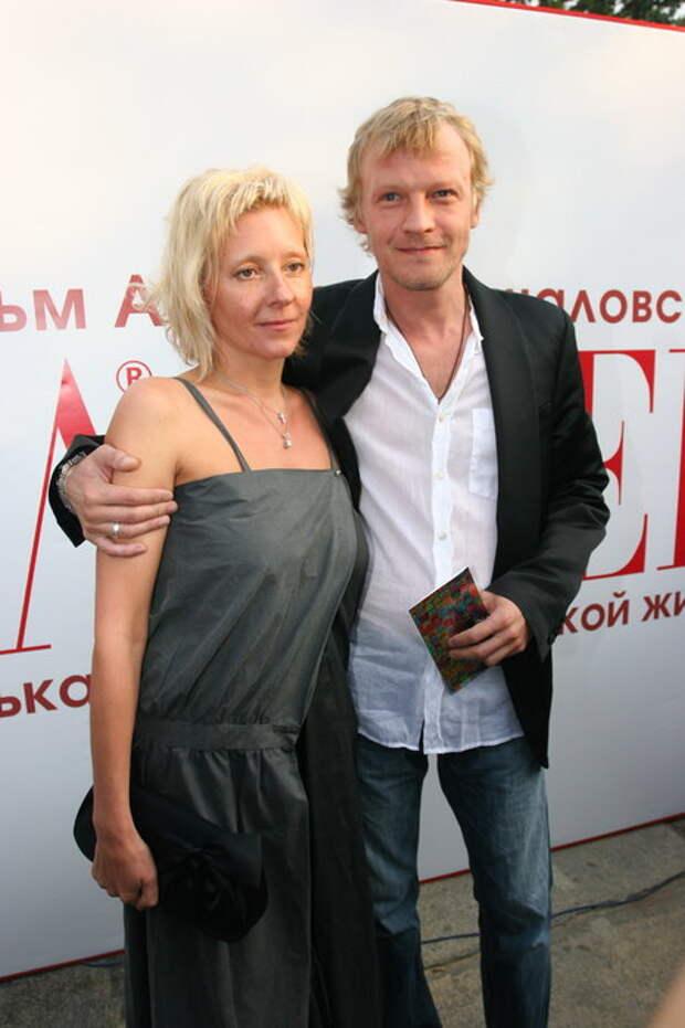 Жена и дети Алексея Серебрякова