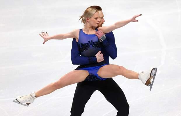 Тарасова и Морозов победили в короткой программе на командном турнире, команда Медведевой продолжает лидировать