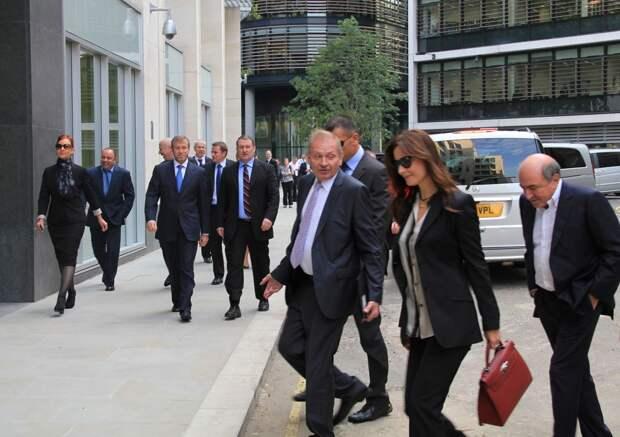 Борис Березовский и Роман Абрамович идут в суд, чтобы решить спор о 5,5 миллиарда