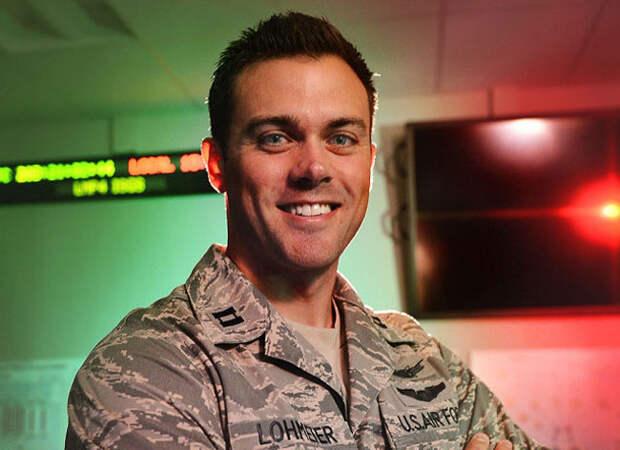 Подполковник ВВС уволен после слов о pacпространении в вооруженных силах США марксизма и критической pacовой теории