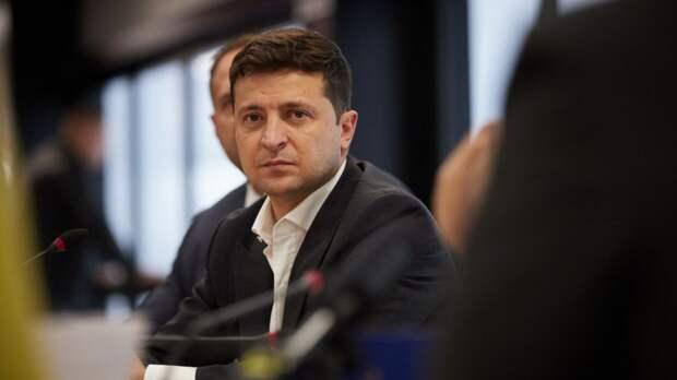 """Президент Украины назвал """"Северный поток — 2"""" флеш-роялем в руках РФ"""