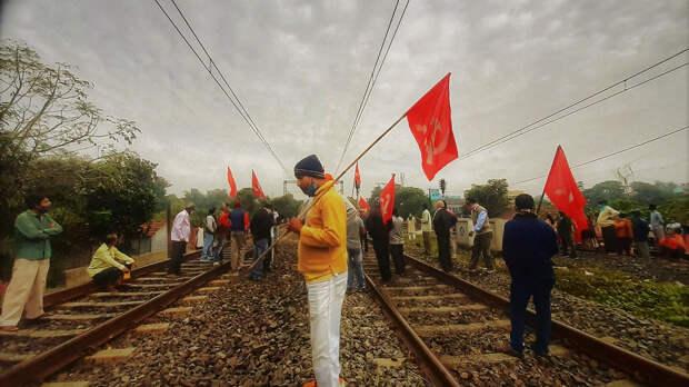 В общенациональной забастовке в Индии приняли участие 250 миллионов человек