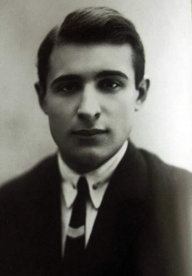 Обаятельный злодей из советских сказок Лев Потёмкин, изображение №3