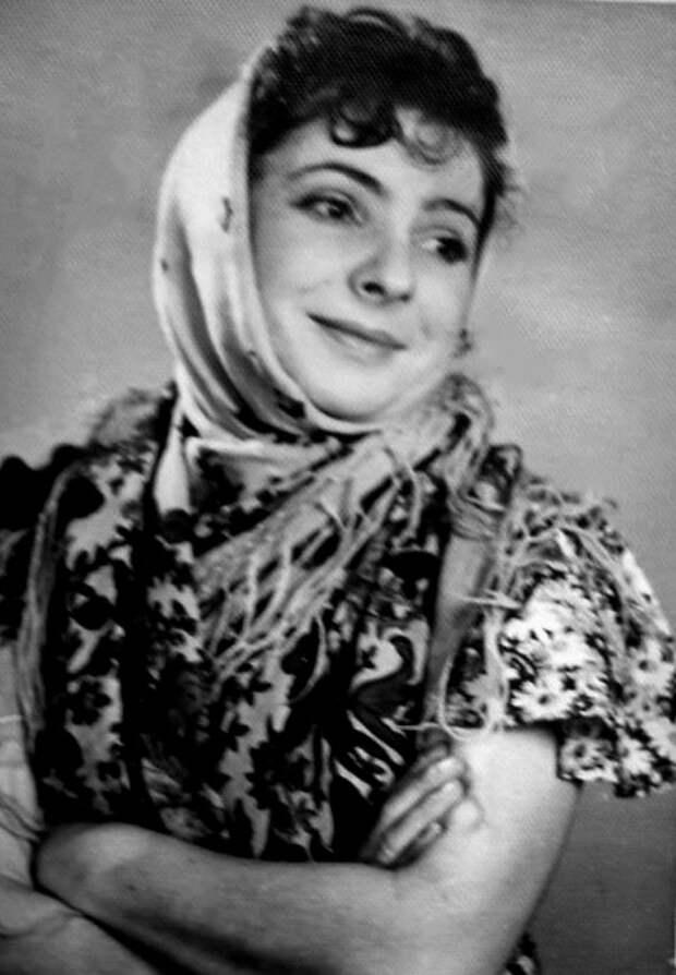 Елена Аросева