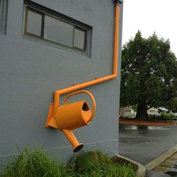 Идеи создания необычной ливневой системы в частном доме