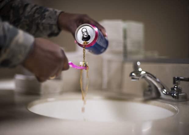 Восемь ошибок, которые вы делаете, когда чистите зубы
