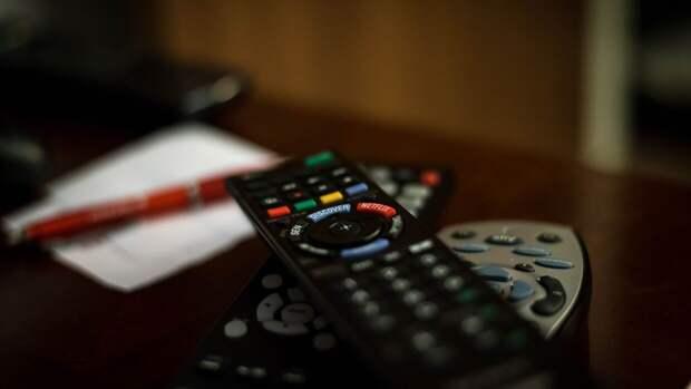 Ученые из США обнаружили связь между просмотром телевизора и деменцией