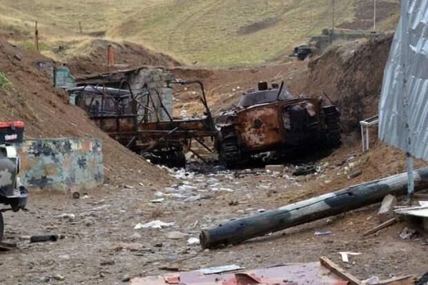 Армия Азербайджана проводит активное наступление на Карабах
