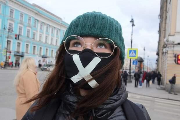 Носить маску, чтобы очки не потели, оказывается, возможно